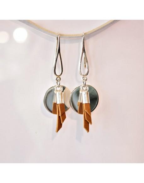 Boucle d'oreille argent pompon cuir