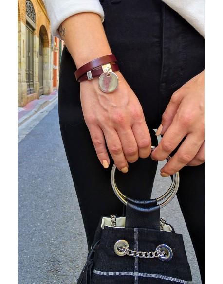 Bracelet cuir double tour et médaille