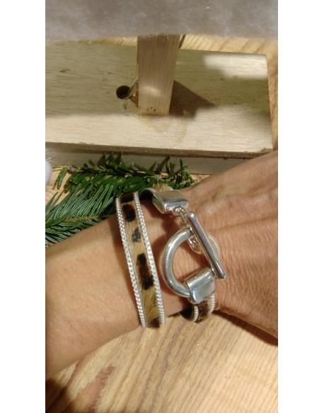 Bracelet double tour cuir façon léopard